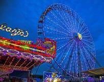 Колесо Ferris окружной ярмарки Стоковое Изображение