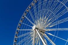 Колесо Ferris Roue de Париж на Месте de Ла конкорде день солнечный Перемещение к известным ориентир ориентирам стоковое изображение
