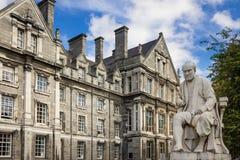 Коллеж троицы Здание студент-выпускников мемориальное dublin Ирландия стоковое изображение