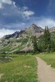 колоколы colorado hiking maroon близкая тропка Стоковое Изображение