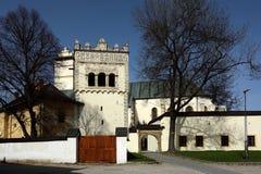 Колокольня & церковь, Kezmarok, Словакия Стоковые Фото