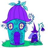 Колокольчик дома сказки, ведьма в шляпе с фиолетовыми волосами и Стоковое Изображение