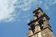 Колокол церков перед небом стоковое фото
