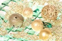 Колокол Gingle с шариками рождества Стоковые Изображения RF