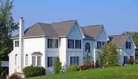 колониальная дом большая Стоковое Изображение RF