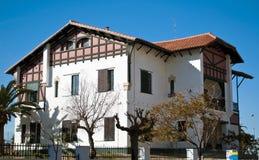 колониальная дом Стоковое Изображение