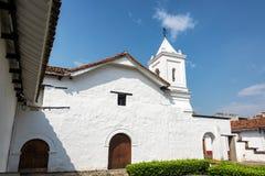 Колониальная церковь в Cali, Колумбии стоковые изображения
