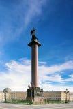 Колонка Александра на квадрате дворца Стоковая Фотография