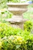 колонка в зеленом саде Стоковое Изображение RF