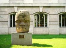 Колоссальная голова цивилизации Olmec стоковая фотография rf