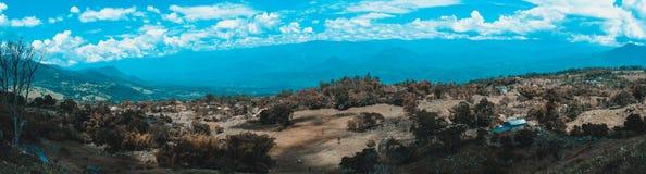 Колумбийский ландшафт гор стоковые фотографии rf