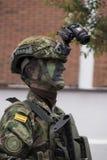 Колумбийский солдат проходя парадом на День независимости Стоковые Изображения RF
