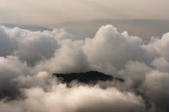 Колумбия - пик горы в облаках Стоковые Изображения