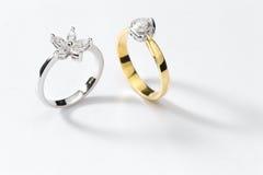 Кольца белого золота Стоковое Фото