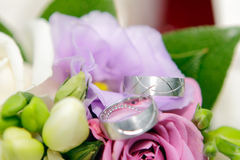 кольца цветков wedding Стоковое Изображение RF