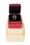Кольцо на башне картонной коробки Стоковые Фото