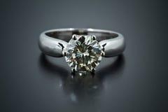 кольцо диаманта Стоковая Фотография
