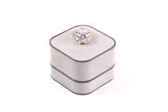кольцо engagment диаманта Стоковые Изображения
