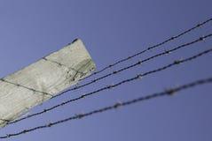 колючий провод загородки Стоковые Фотографии RF