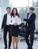 Команда молодых профессионалов в офисе Стоковая Фотография