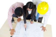 Команда архитекторов на работе Стоковые Изображения