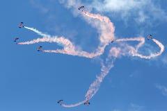 Команда дисплея парашюта соколов Стоковые Изображения RF