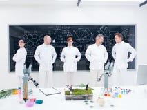 Команда исследователя лаборатории Стоковая Фотография RF