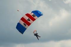 Команда парашюта соколов RAF стоковая фотография
