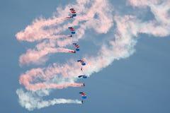 Команда парашюта соколов RAF стоковое фото