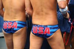 Команда США водного поло перед спичкой ` s людей Олимпиад Рио 2016 предварительной круглой против команды Франции на аквацентре М Стоковое фото RF