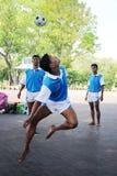 Команда Chinlone от Мьянмы показала на дворце Saranromya, Таиланде Стоковое Изображение