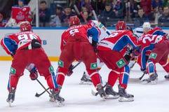 Команда CSKA на вбрасывании шайбы Стоковые Изображения RF