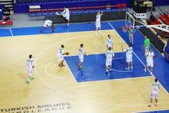Команда Zalgiris (Литва) тренирует перед спичкой Стоковая Фотография RF