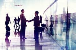 Команды рукопожатия сыгранности бизнесмены конференции Conce встречи Стоковые Фото