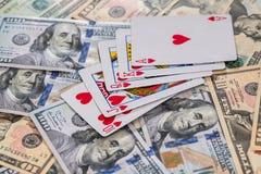 Комбинация королевской улицы внезапная на американских долларах стоковое изображение