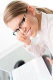 Коммерсантка в офисе Стоковое Изображение RF