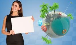 Коммерсантка держа чистый лист бумаги около земли Стоковые Изображения