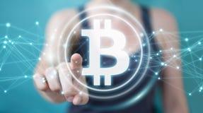 Коммерсантка используя перевод cryptocurrency 3D bitcoins Стоковые Фото