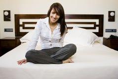 коммерсантка кровати Стоковые Изображения RF