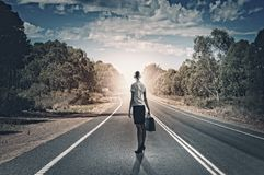 Коммерсантка на дороге Стоковое Изображение RF