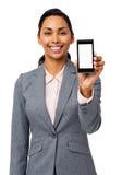 Коммерсантка рекламируя умный телефон стоковые изображения rf