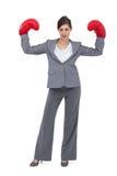 Коммерсантка с перчатками бокса стоковое изображение rf