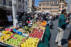 Коммерция в Риме, Италии стоковые изображения