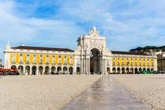 Коммерция квадратное Praca делает Comercio в Лиссабоне, Португалии стоковая фотография rf