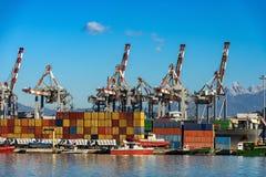 Коммерчески док Ла Spezia - гавани Лигурии Италии стоковые изображения