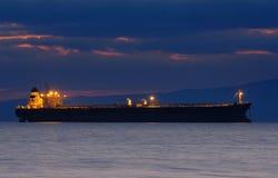 коммерчески корабль сумрака Стоковое Фото