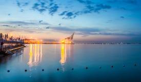 Коммерчески порт, света ночи стоковая фотография rf