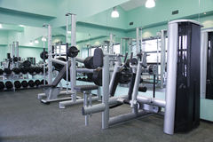 комната гимнастики оборудования Стоковое Изображение