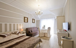 Комната гостиницы или пансиона элегантная стоковые фотографии rf
