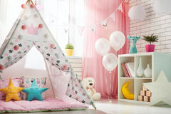 Комната детей с шатром игры Стоковые Изображения RF